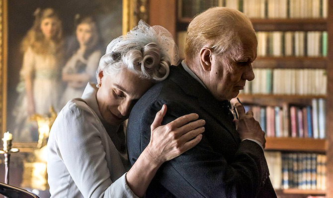 Current Bollywood News & Movies - Indian Movie Reviews, Hindi Music & Gossip - Review: Gary Oldman leads Darkest Hour to glory