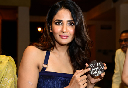 Current Bollywood News & Movies - Indian Movie Reviews, Hindi Music & Gossip - Why did the Queens turn up to wish Parul Yadav?