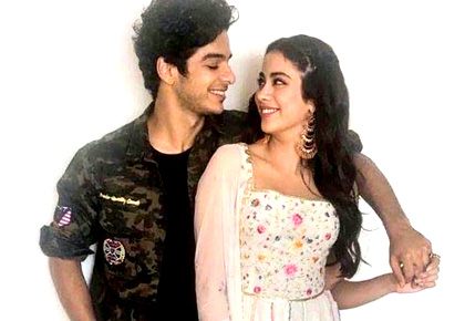 Current Bollywood News & Movies - Indian Movie Reviews, Hindi Music & Gossip - Ishaan-Janhvi take Dhadak to Jaipur