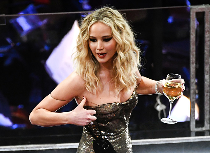 Oscars 2018: Just what was Jennifer Lawrence doing ...