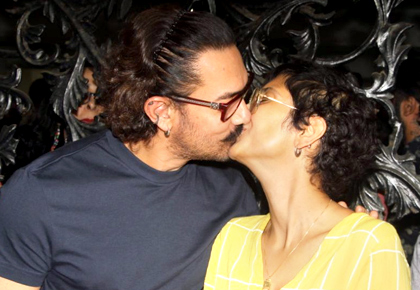Current Bollywood News & Movies - Indian Movie Reviews, Hindi Music & Gossip - Here's how Aamir celebrated his birthday