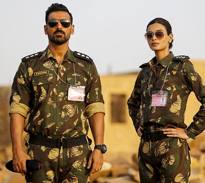 Current Bollywood News & Movies - Indian Movie Reviews, Hindi Music & Gossip - Parmanu review: Nothing explosive about this