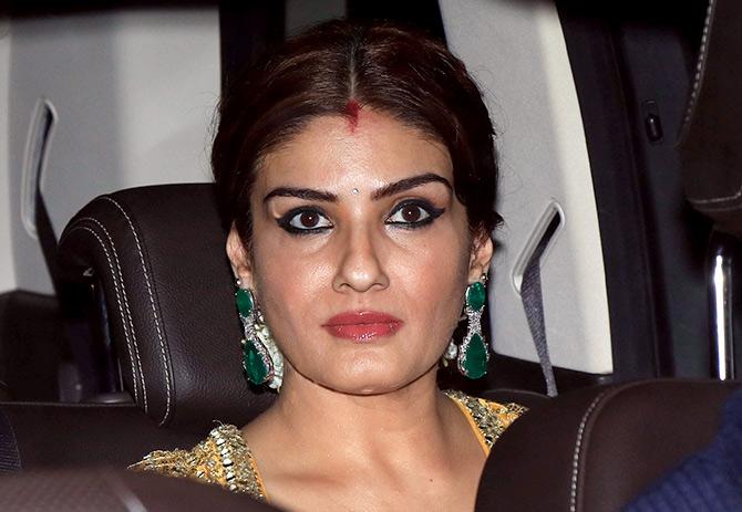 Soha Ali Khan And Siddharth PIX: Alia, Sara, Karee...