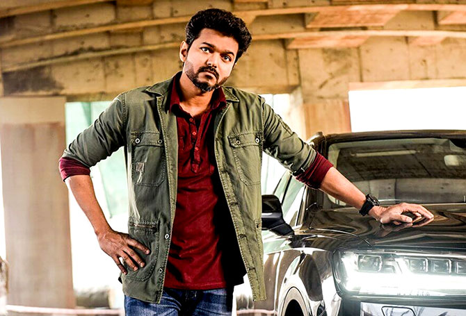 Current Bollywood News & Movies - Indian Movie Reviews, Hindi Music & Gossip - Why Vijay agreed to the Sarkar cuts