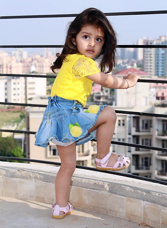 Review Pihu Plays On Our Sympathy Rediff Com Movies