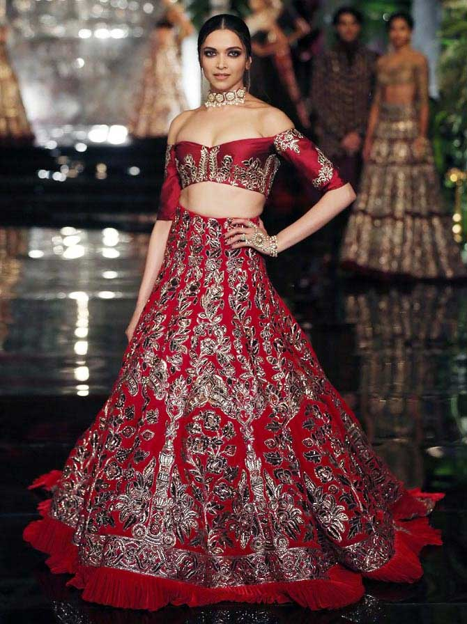 What will Deepika Padukone wear on her wedding day ...