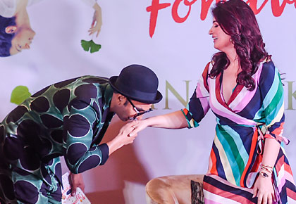 Latest News from India - Get Ahead - Careers, Health and Fitness, Personal Finance Headlines - Watch! When Ranveer Singh went on a kissing spree