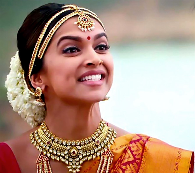 Watch: Chennai Express and Deepika's Meenamma Madness ...