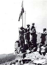 Indian soldiers raise the Tricolour at Haji Pir, August 28, 1965