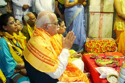 Advani in Dwarka