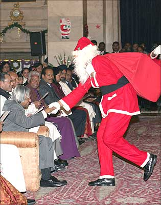 President Kalam at an X'mas function