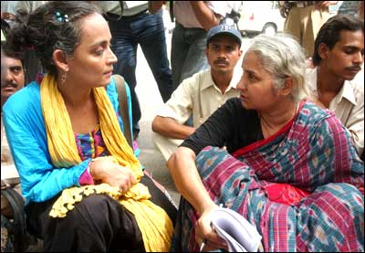 Arundhati Roy, left, with Medha Patkar. Photograph: Sondeep Shankar/Saab Press