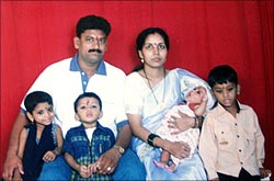 Shashikant Badekar, his wife Jayshree and their kids.
