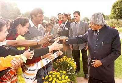 President Kalam speaks to visitors