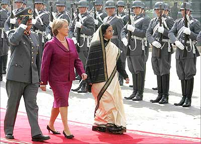 President Pratibha Patil and President of Chile Michelle Bachelet at a Guard of Honour at the Constitution Square during the ceremonial reception at Santiago in Chile on Monday