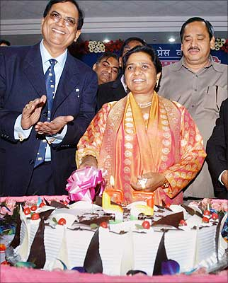 Mayawati Birthday: 15nlook2