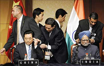 Manmohan Singh with Chinese premier
