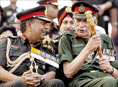 Manekshaw with former Indian Army chief General N C Vij at a military parade in New Delhi.