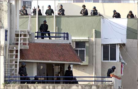 NSG commandos in a combat at Nariman house, Mumabi