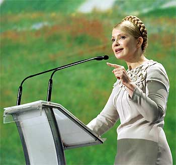 Ukrainian Prime Minister Yulia Tymoshenko meets depositors in banks suffering in the global financial crisis in Kiev
