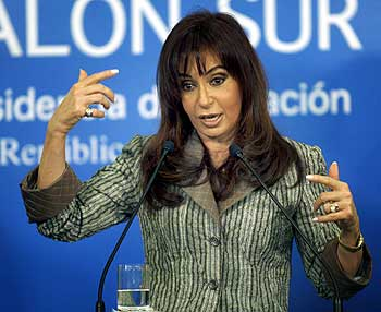 Argentine President Cristina Fernandez de Kirchner speaks during a news conference at the government palace in Buenos Aires