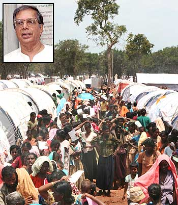 Tamils queue to receive supplies in a refugee camp near Vavuniya in northern Sri Lanka. Inset: S C Chandrahasan.