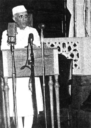 Nehru delivering his famous 'Tryst with Destiny' speech on the midnight of August 14, 1947