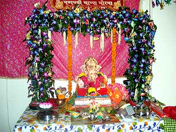 Ganesha Pics From Glasgow To Yavatmal News