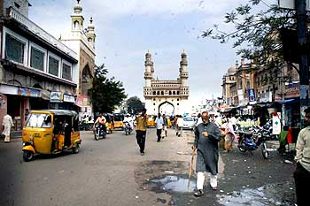 Old Hyderabad remained unaffected by the bandh