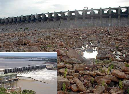 A drying up Almatti dam reveals the grim picture