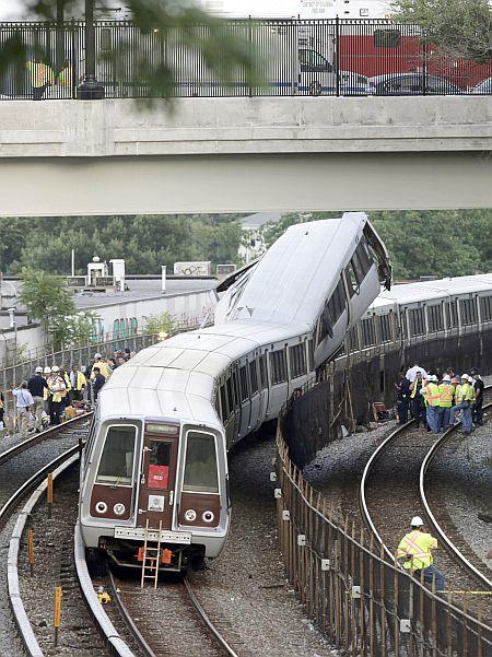 9 killed in Washington Metro mishap