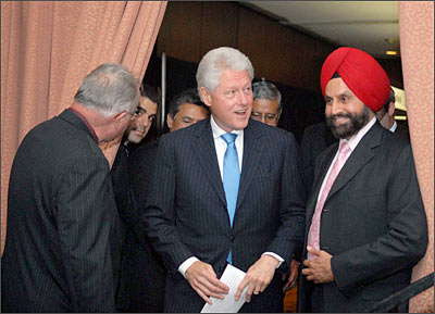 Bill Clinton with Indian American businessman Sant Singh Chatwal