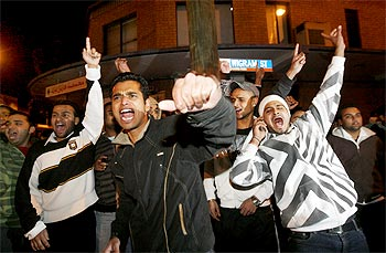 Indian students protest racial attacks in Sydney, Australia.