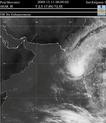 Cyclone Phyan imagery from IMD