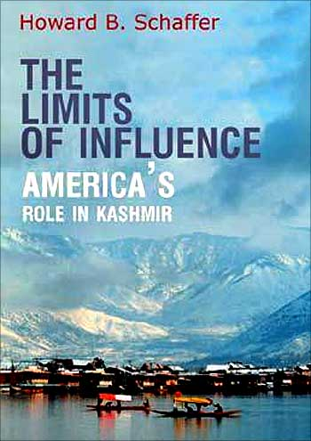 The book cover of 'The Limits of Influence: America's Role in Kashmir'