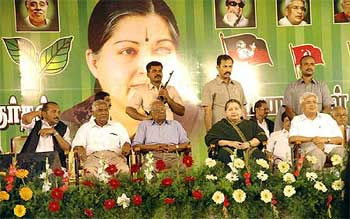Vaiko, D Raja, A B Bardhan, J Jayalalithaa and Karat at a Tamil Nadu rally