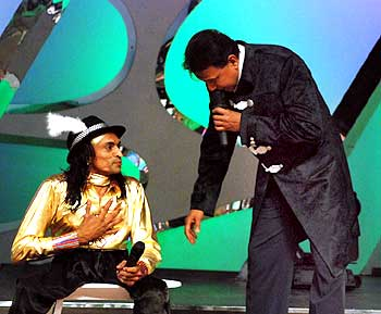 Kamlesh with Mithun Chakraborty on Dance India, Dance