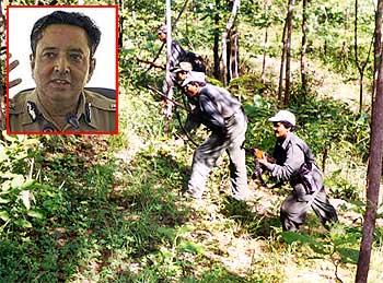Paramilitary forces fight Maoists. Inset: Mahendra Kumawat