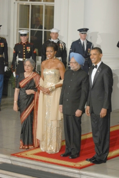 Barack Obama with wife Michelle, Dr Singh and his wife Gursharan Kaur