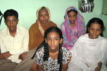 Pir Pasha's family. Pasha, a waiter at Leopold Cafe, died on 26/11.