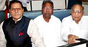 Urban Development Minister Jaipal Reddy with Member of Parliament Subiramy Reddy