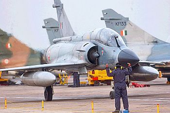 An Indian air force Mirage 2000 taxis into position