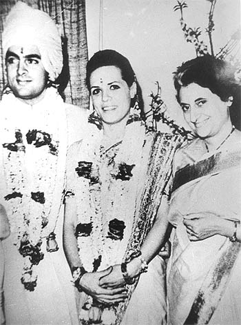 At Rajiv Gandhi and Sonia Maino's wedding