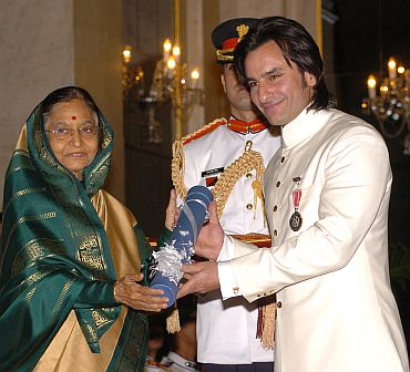 President Pratibha Patil presenting the Padma Shri Award to Saif Ali Khan Pataudi
