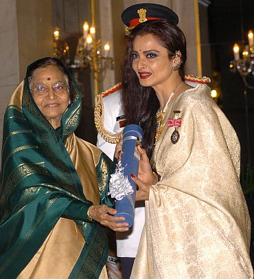 President Pratibha Patil presenting the Padma Shri Award to Rekha
