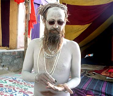 Kotwala Khandanand Saraswati