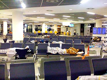 Passengers stranded at Frankfurt airport