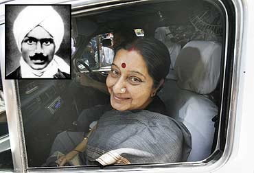 Sushma Swaraj. Inset: Bharti