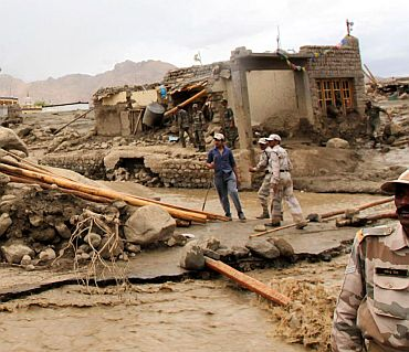 Rescue ops intensify in Leh; 132 dead, 600 missing