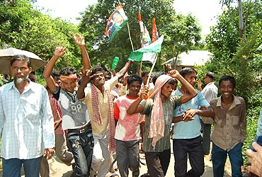 Trinamool supporters celebrate
